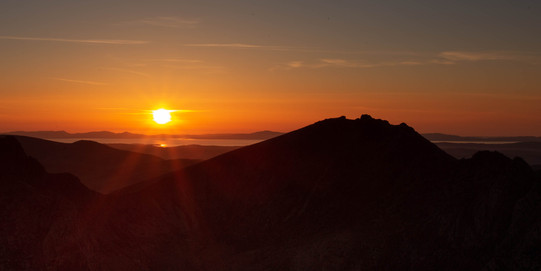 Golden hour acoss the Isles.jpg
