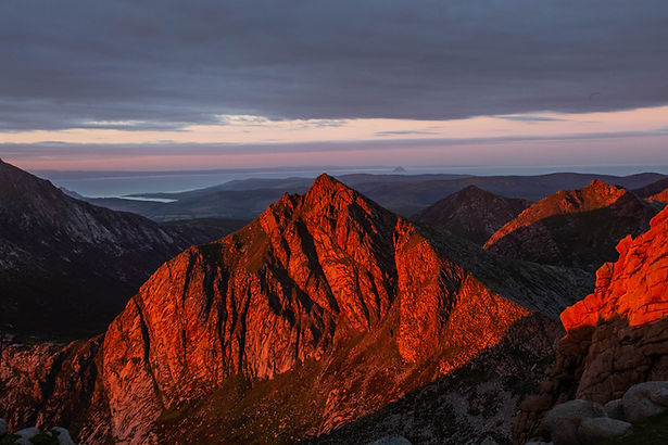 Cir Mhor, Painted Red.jpg