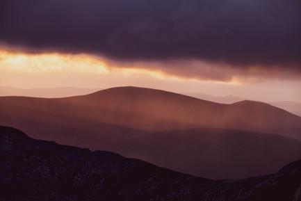 Sunset Showers, Iorsa