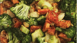 Asian-inspired Sautéed Tempeh and Broccoli