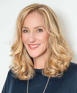 Lara Dickinson