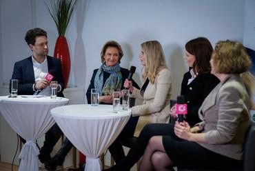 Female Leaders Talk