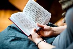 聖書を読む