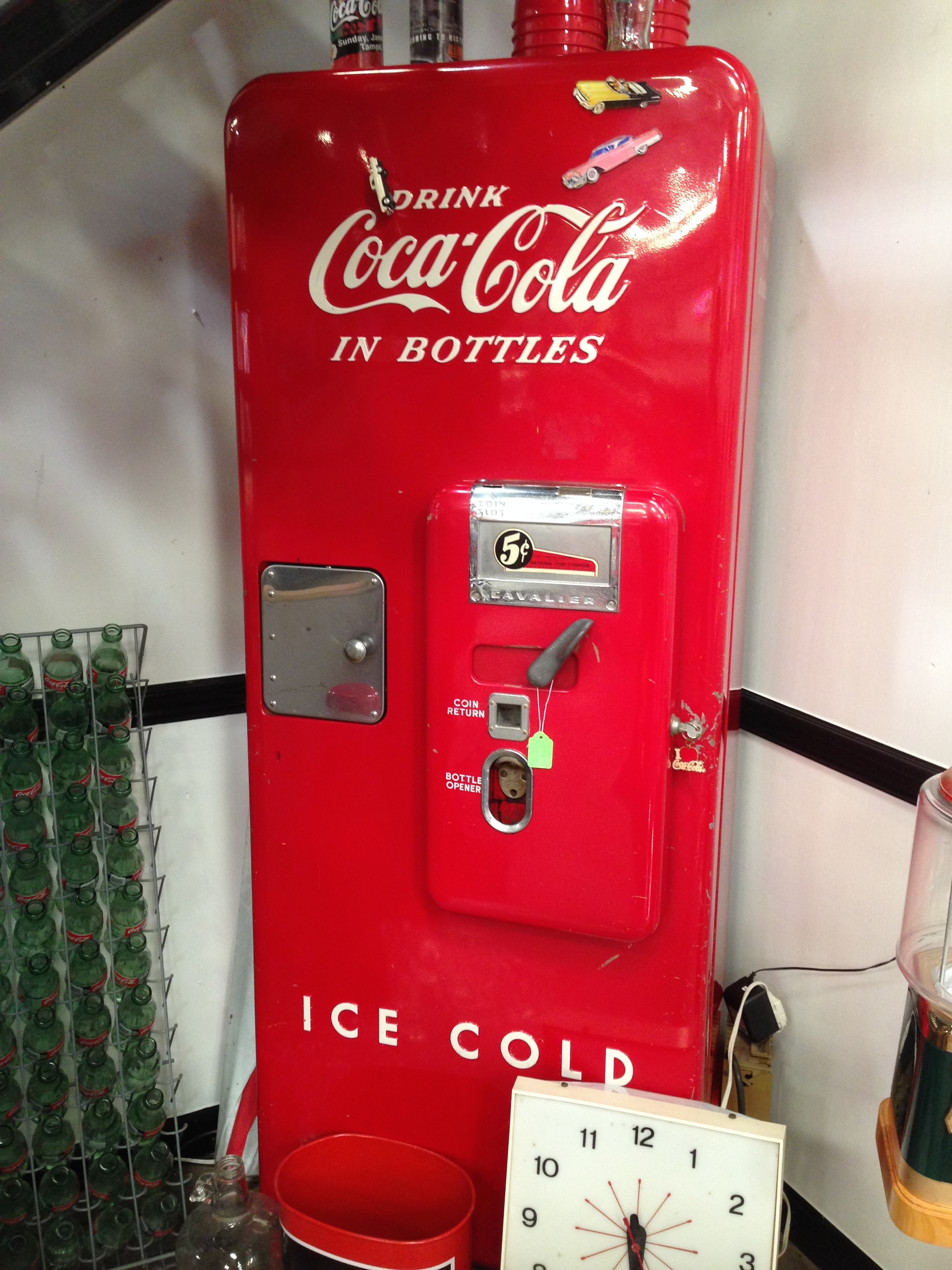 Classic Coca Cola  Machine