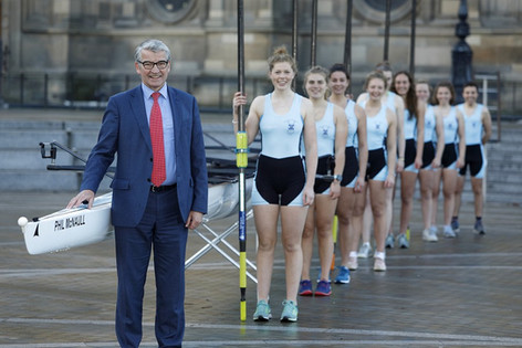 Edinburgh University rowing team