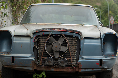 Abandoned Mercedes Tahiti