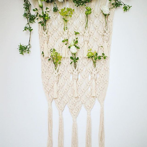 Wall hanging flower vase