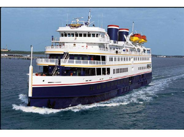 Small Cruise Ship, 294 Passengers -