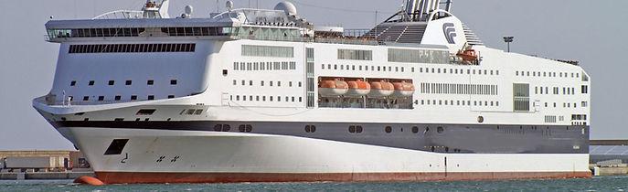 Nave passeggeri in vendita o a noleggio