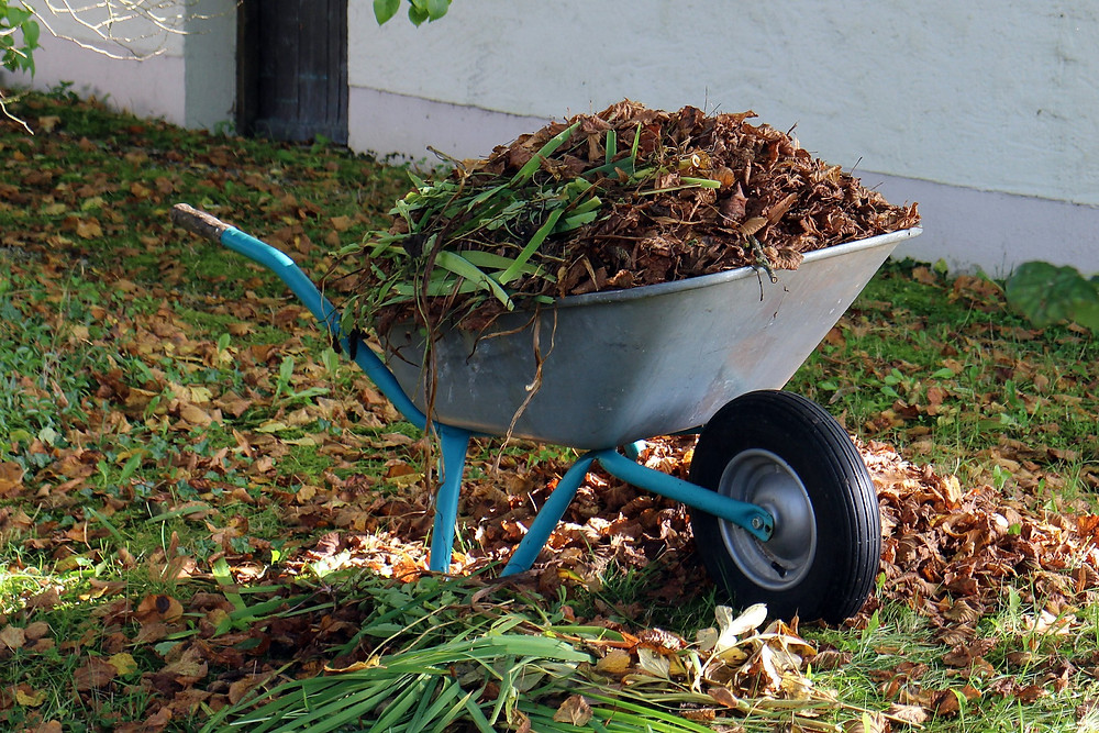 compost and mulch for a cedarwood garden