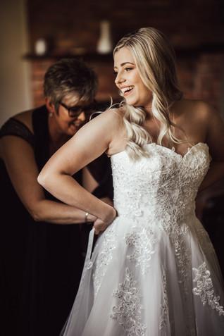 Bride Prep Photos