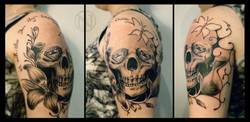 12 Diamond Skull