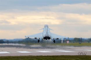 Typhoon Landing-4631.jpg