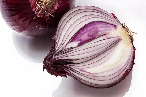 sliced red onion.jpg