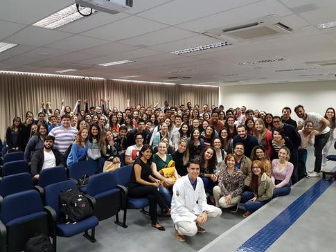 Disciplina de estatística para os alunos de pós-graduação da Faculdade de Odontologia de Bauru-USP em 2017