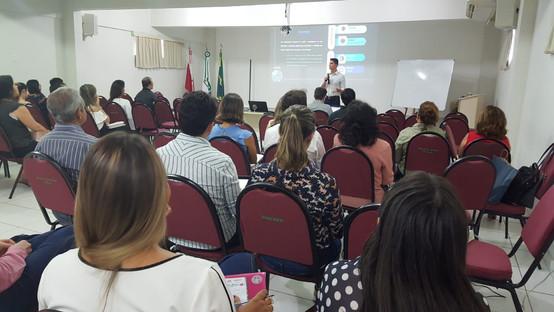 """Palestra """"Escolha do teste estatístico para comparações"""" na Universidade Federal do Pará (UFPA), Belém-PA em 2018"""