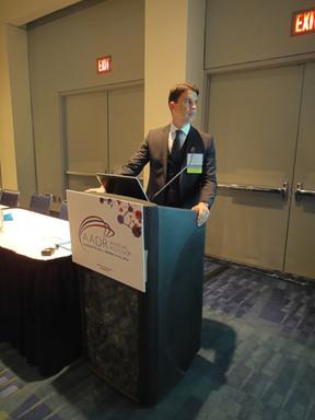 Apresentação de trabalho durante o AADR (American Association for Dental Research Meeting) em Charlotte-EUA em 2014