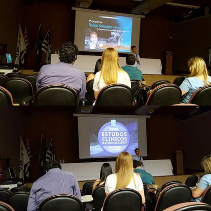 Palestra no 1o Encontro de Revisão Sistemática e Meta-análise da Faculdade de Odontologia de Araçatuba (UNESP), Araçatuba-SP em 2016