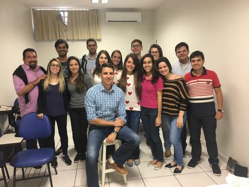 Disciplina de estatística para os alunos de pós-graduação da Faculdade de Odontologia de Araçatuba (UNESP) em Araçatuba-SP em 2018