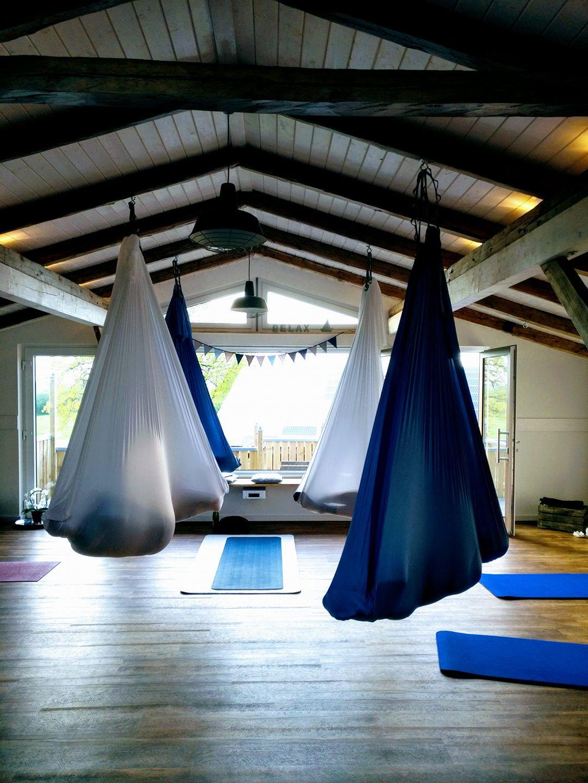Aerial & Aerial Yin Yoga im Tuch
