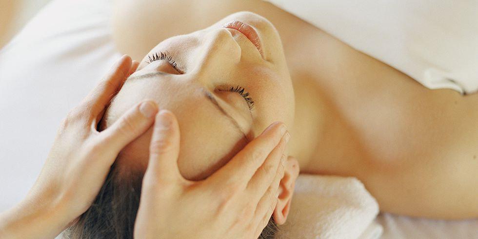 עיסוי פנים / Facial massage