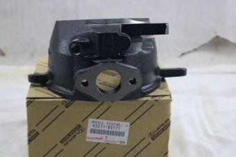 Pivot avant droit sans ABS 43211-60110