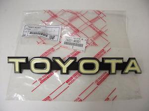 Logo Toyota de calandre ( origine Toyota )75321-90301