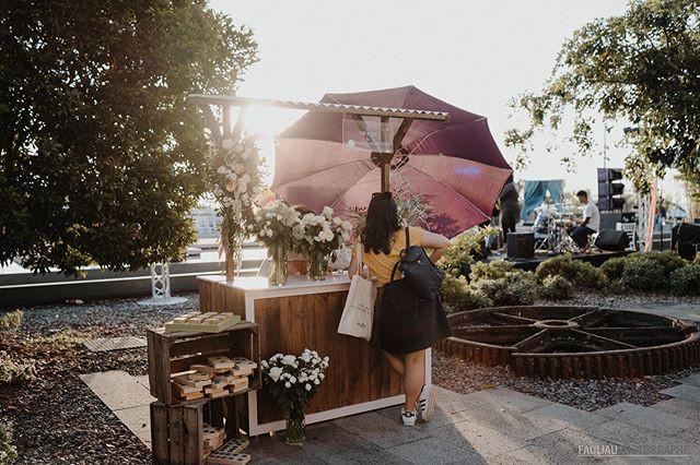Bar à fleurs par _jeteprometswp ⠀⠀⠀⠀⠀⠀⠀⠀