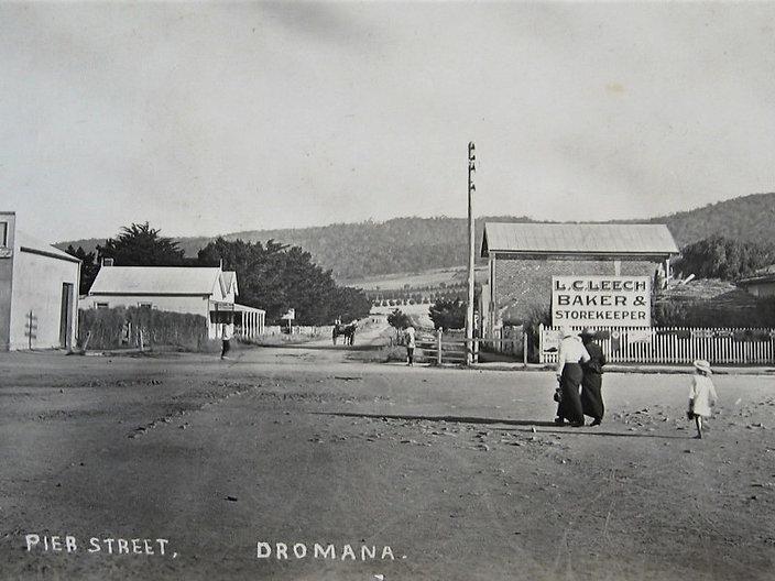 pier-street-dromana-1900s.jpg