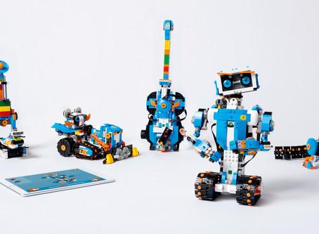 LEGO BOOSTは2018年2月1日日本発売