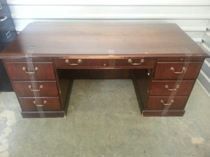 """""""Oak Wood Glass Top Office Desk"""""""