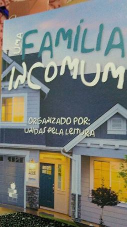 Capa Uma Familia incomum.jpg