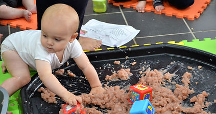 messy play 2.JPG