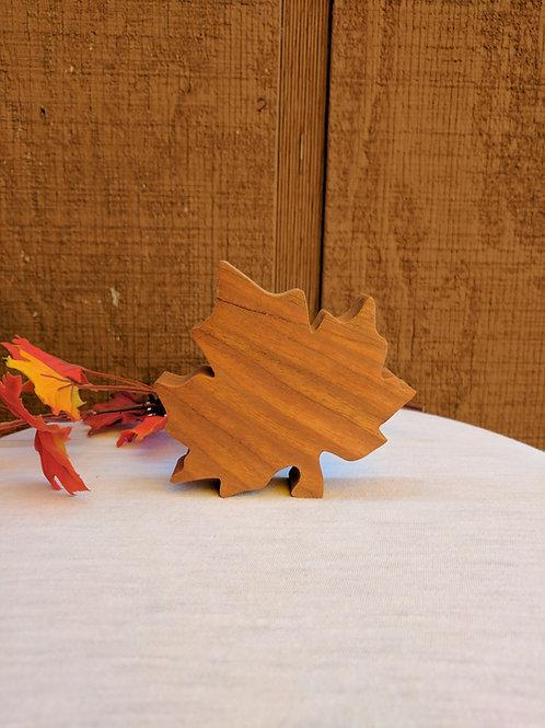 Medium 🍁 Maple Leaf