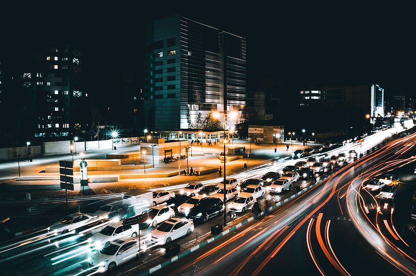 Predict the impact of self-driving vehicles with a simulated traffic analysis