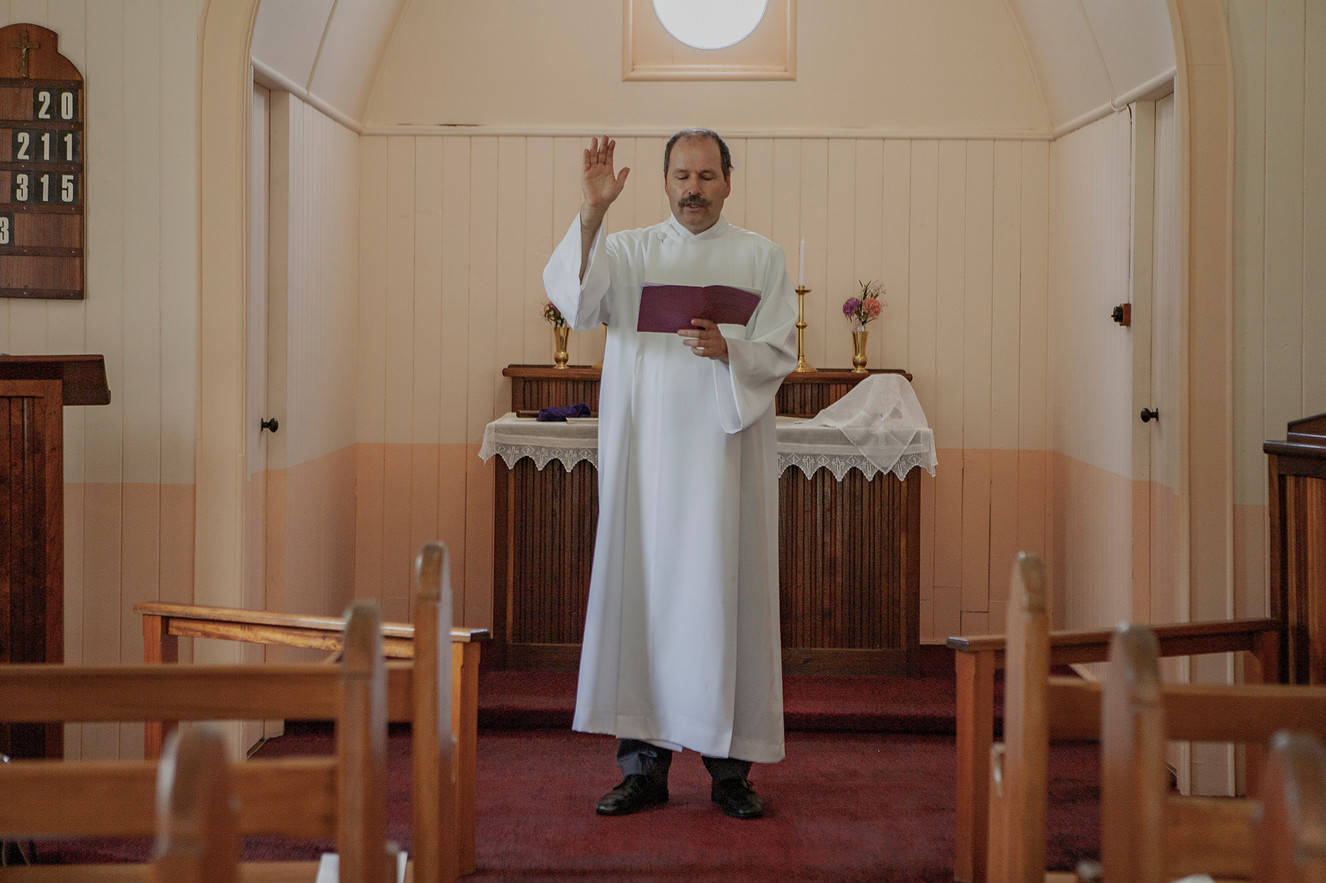 Pastor Frank Rasenberger