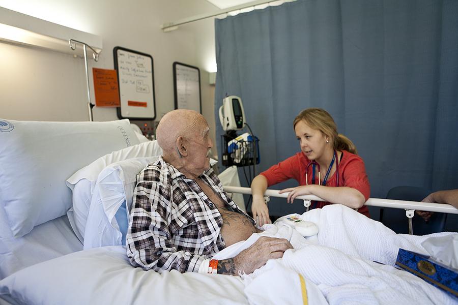 Gus in palliative care with nurse
