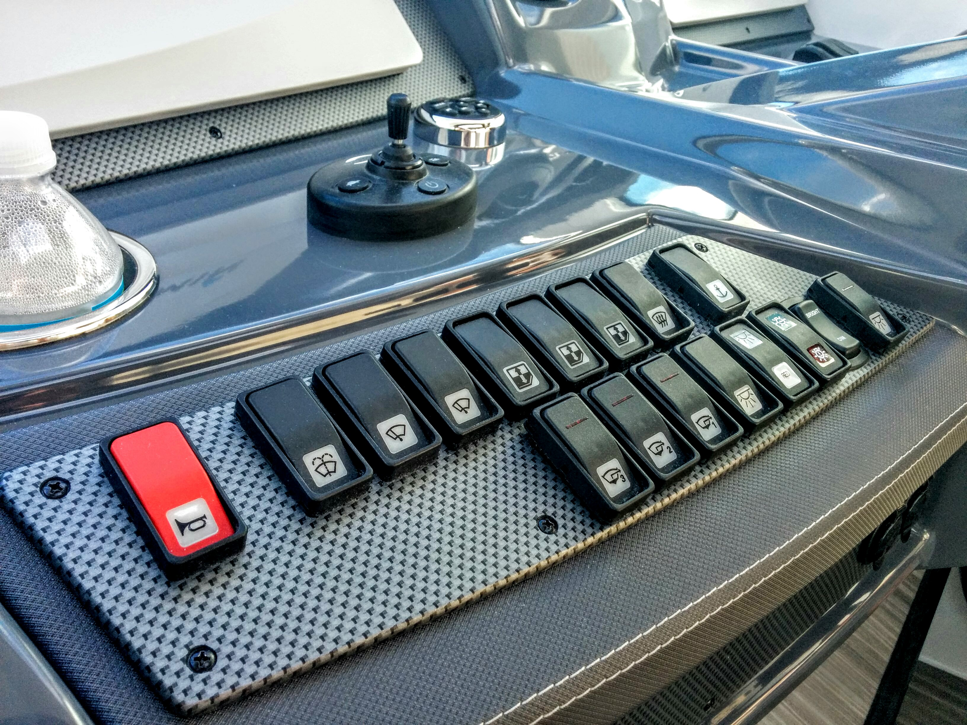 SWITCH PANEL CARBON FIBER BLACK