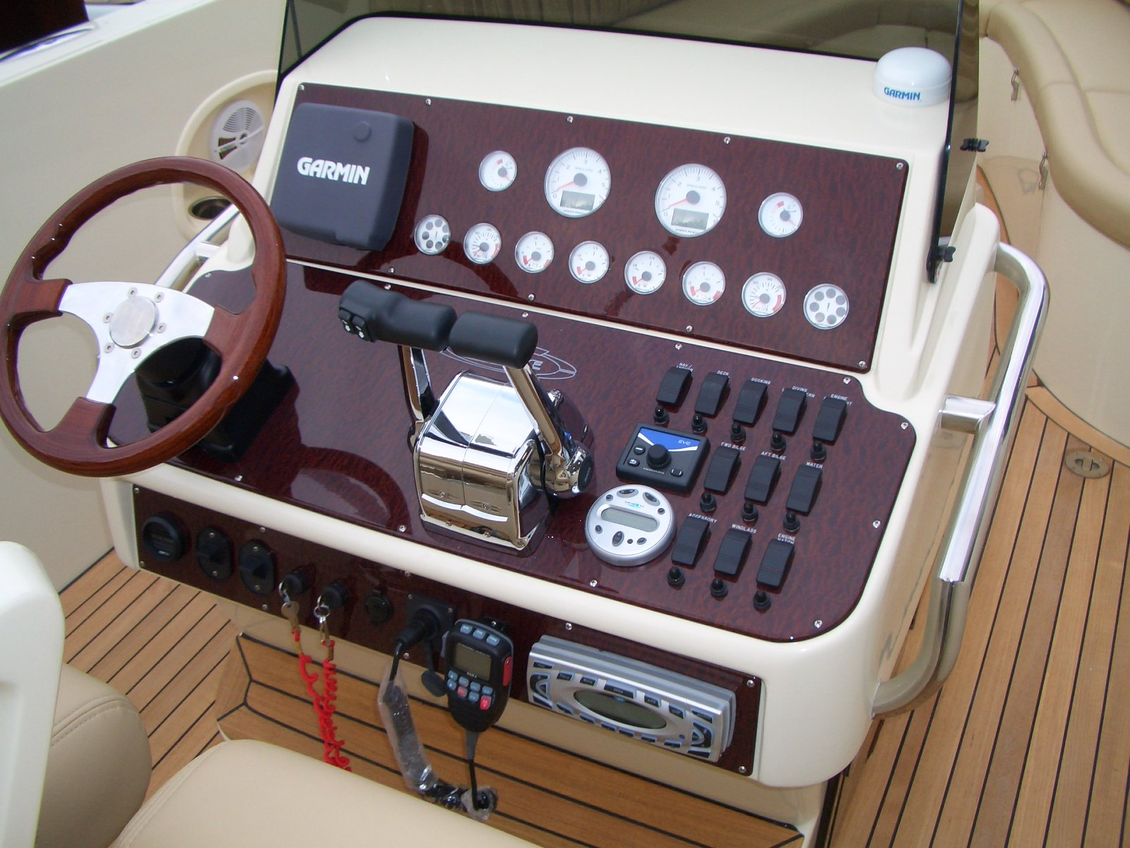 CENTER CONSOLE WOOD DASH PANEL