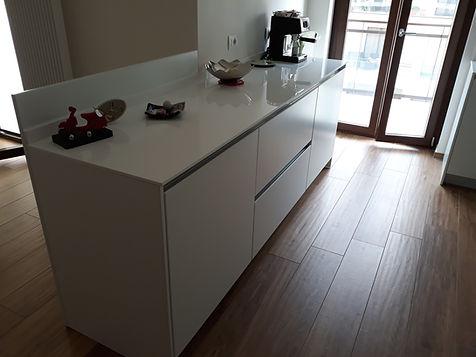 Basi cucina moderna bianca