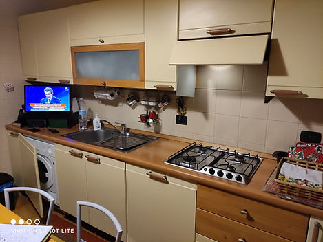 Cucina vecchia da rigenerare