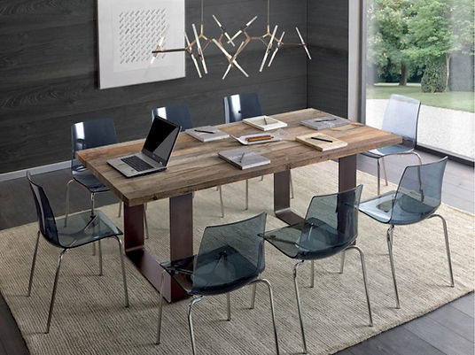 Tavolo moderno su misura