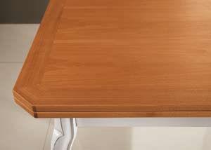 Tavolo quadrato classico bianco