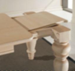 Tavolo classico con gamboni grezzo