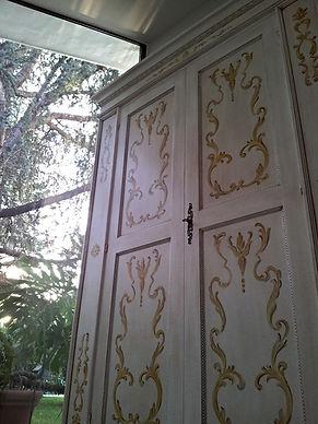 armadio in stile, armadio con decori, armadio su misura decorato