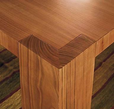 Tavolo moderno allungabile su misura