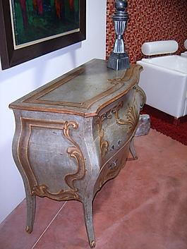 Comò con decoro antico, comò antico decorato, comò da collezione, mobili da collezione