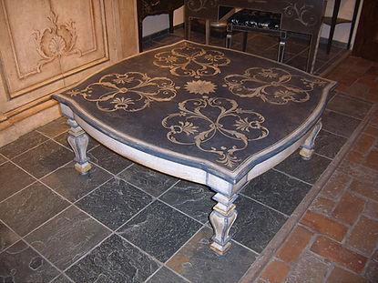 tavolo da salotto decorato, tavolo basso provenzale