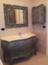 Mobile bagno con top in corian