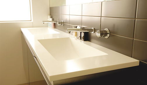 Piano in solid surface, vasca in solid surface, vasca in corian